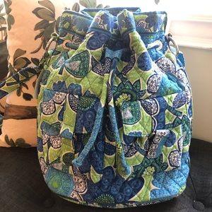 Vera Bradley Quick Draw bucket bag in Doodle Daisy
